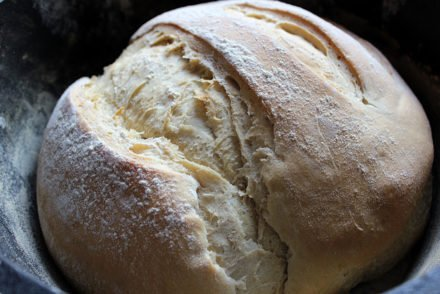 Trapperbrot aus dem Dutch Oven